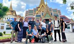 Group photo of field biology course students, including Olivia Lang-Brown, in Thailand